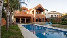 Luxury chalet for sale in El Zaudín, Seville Chalets For Sale, Luxury Estate, Real Estate Agency, Access Control, Seville, Luxury Villa, Garden Landscaping, Gazebo, Entrance