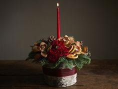 Beautiful Christmas arrangements from Jane Packer Delivered | Flowerona
