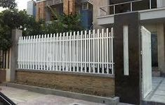 mẫu cổng xếp lùa di động cao cấp nhất Iron Balcony, Balcony Railing, Fence Gate Design, Grill Door Design, Door Images, Metal Stairs, Gate House, Steel Fence, House Plans