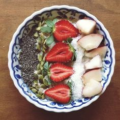 Colorful, healthy, & delicious: http://intothegloss.com/2014/01/instagram-photos-of-food/