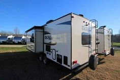 2016 New Forest River Flagstaff 25KS Travel Trailer in North Carolina NC.Recreational Vehicle, rv, 2016 Forest River Flagstaff25KS, Carbon Monoxide Detec, Convenience Package A, Gas Oven, Maple Cabinetry w/Solid Cabinet Doors, MaxxAir Ventilation Fan, Night shades, Power Awning w/Packag, Power Tongue Jack, Raised Panel Refridge, Rear Ladder, Sapphire Package, Small Slide Topper,
