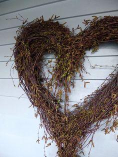 Stort hjerte av hengebjørk – fleurs Grapevine Wreath, Grape Vines, Valentines, Christmas, Motorhome, Gardening, Design, Flower, Landscaping