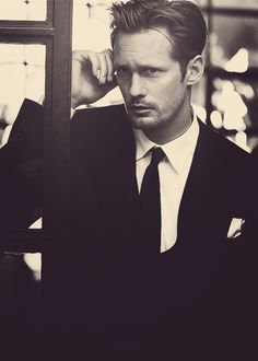 .Alexander Skarsgard in classic black and white suit