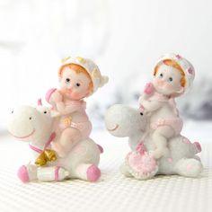 Bebelusi roz pe hipopotami