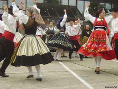 Portuguese folk dance and costume