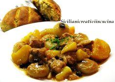 Spezzatino di maiale alle spezie con cipolline, mele e patate | SICILIANI CREATIVI IN CUCINA | di Ada Parisi