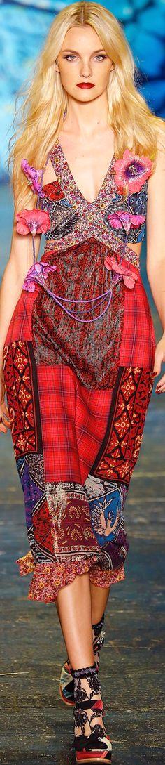 Fashion.  Inspiration from #AnnaSui WIOSNA 2016 Lesson 27/1o1 #DressImpeccably #Design1o1Redux