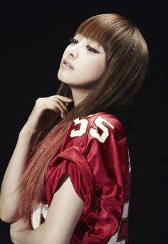 Victoria Song f(x) Victoria Fx, Victoria Song, Girl Drawing Pictures, Song Qian, Queen, Pop Fashion, Korean Girl Groups, Kpop Girls, Korean Fashion
