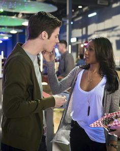 Barry allen with iris west Grant gustin with candice