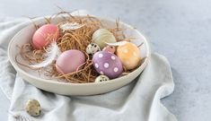 Tutorial: How to Naturally Colour Easter Eggs