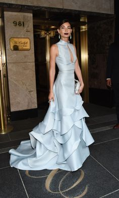 Lily Aldridge Photos - Lily Aldridge departs for the MET Gala 2015 from The Carlyle on May 2015 in New York City. - MET Gala 2015 - Departures From the Carlyle Gala Dresses, Formal Dresses, Wedding Dresses, Style Couture, Couture Fashion, Beautiful Gowns, Beautiful Outfits, Gorgeous Dress, Lily Aldridge