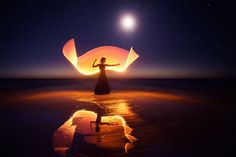 Light-Painting: We Travel Around The World To Create Fantasy Portraits | Bored Panda More info: signsoflight.ericpare.com
