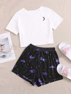 Cute Lazy Outfits, Teenage Girl Outfits, Girls Fashion Clothes, Teen Fashion Outfits, Girly Outfits, Pretty Outfits, Cool Outfits, Cute Pajama Sets, Cute Pajamas
