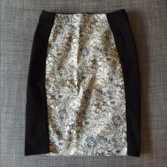 H&M black and white floral skirt H&M cotton dress with floral details. Size 4. Worn once! H&M Skirts Pencil