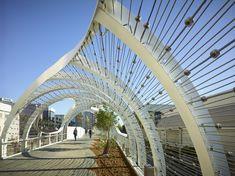 Galeria de 15 Pontes para pedestres e seus detalhes construtivos - 11