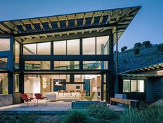 OPENING GLASS WALL SYSTEMS NANAWALL REDEFINE YOUR SPACE