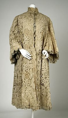 Evening coat Date: 1904–7 Culture: American or European Medium: linen, silk Accession Number: 1985.299