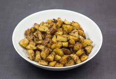 Recipe for Nordic butter-fried potatoes. The are super easy to prepare, has a nice crisp crust and a wonderful taste. Perfect for lunch or dinner. Danish Cuisine, Danish Food, Danish Rye Bread, Leftover Potatoes, Fried Potatoes, Butter Recipe, Dog Food Recipes, Fries, Easy Meals