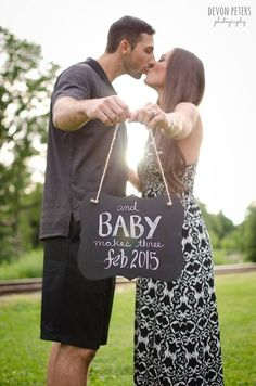Maternity - Devon Peters Photography pregnancy, announcement, baby on board, chalkboard, summer, kiss, natural light, portrait