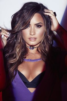 Welcome to lovatounedited, here you'll find unedited photos of the amazingly talented singer, songwriter and actress Demi Lovato, enjoy 💖. Demi Lovato 2017, Selena Gomez, Demi Love, Woman Crush, Glee, Role Models, Girl Models, Sexy Women, Beautiful Women