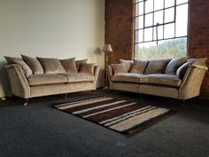 Another Duresta Ruskin suite awaiting delivery