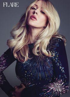 Top 100 Ellie Goulding part 6 photos S Curl, Star Wars, Hereford, 6 Photos, Tips Belleza, Sequin Top, Itunes, Celebs, Female Celebrities