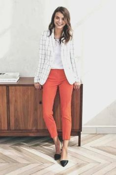 Outfits Mode für Frauen 2019 - 46 Fashionable Job Interview Outfits for Women That Makes a Best Impression Job Interview Outfits For Women, Business Outfits Women, Spring Work Outfits, Spring Outfits Women, Comfy Casual, Work Casual, Elegantes Outfit Frau, How To Look Classy, Clothes For Women