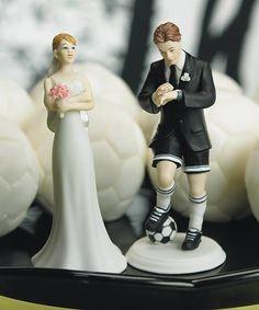 #love #wedding #cake #topper #cute #kiss #matrimonio #bacio #torta #fun #divertente #calcio #football