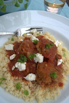 Kjøttboller med couscous og fetaost