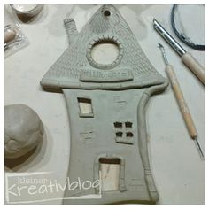 1 million+ Stunning Free Images to Use Anywhere Clay Art Projects, Ceramics Projects, Mosaic Projects, Clay Crafts, Pottery Houses, Slab Pottery, Ceramic Pottery, Ceramic Art, Thrown Pottery
