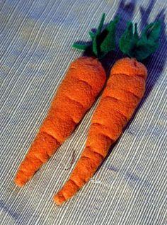 Felt Carrot Play Food | Craftsy
