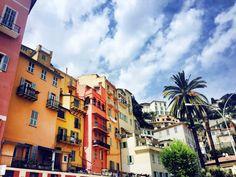 Menton passiert man wenn man die andere Seite ab Nizza fährt in Richtung Italien/Liguria Ein herrlicher Badeort
