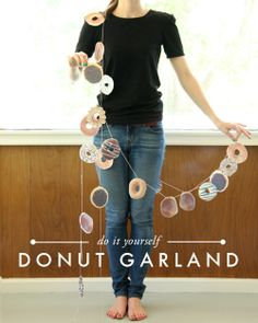"""[""""Delicious Donut"""" party inspiration] Adorable donut garland, via The House That Lars Built. Donut Party, Donut Birthday Parties, 4th Birthday, Birthday Ideas, Party Girlande, Diy Donuts, Dozen Donuts, Doughnuts, National Donut Day"""