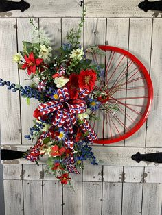 Patriotic Wreath, Patriotic Crafts, Patriotic Decorations, Memorial Day Decorations, Memorial Day Wreaths, Independence Day Decoration, Bicycle Decor, Bicycle Rims, Bicycle Crafts
