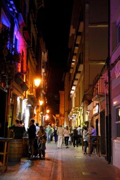Evening in Logroño City, Rioja; http://folakeminuggets.blogspot.com/p/booking.html