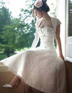 Vintage 50s Wedding Theme   Vintage wedding dress 50s pictures 3