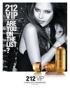 212 Vip Feminino Eau de Parfum  Se você está na lista, o perfume feminino 212 Vip é para você. Inspirado em um estilo de vida daqueles que estão sempre no centro das atenções. Em primeiro lugar, um triunfo a juventude nova-iorquina.