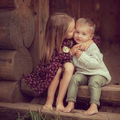 Cute Baby Couple, Cute Little Baby, Cute Baby Girl, Baby Love, Cute Babies Photography, Sibling Photography, Children Photography, Kids In Love, Cute Kids Pics