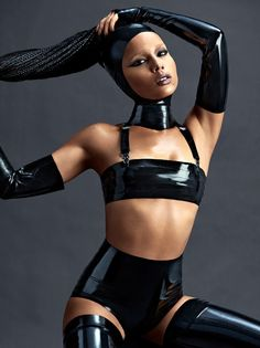 Zoe Kravitz covers the April/May 2015 issue of Complex magazine in several sexy latex getups; Sexy Latex, Fetish Fashion, Latex Fashion, Zoe Kravitz Style, Lenny Kravitz, Mode Latex, Looks Halloween, Vogue, Elegantes Outfit