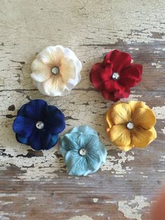 A personal favorite from my Etsy shop https://www.etsy.com/listing/249765961/fall-flower-hair-clips-baretts