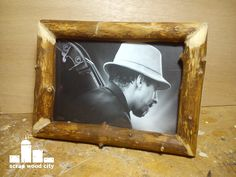 scrap wood city: Make a log picture frame