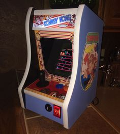 Donkey Kong Bartop Arcade Powered by RPi: 23 Steps (with Pictures) Mini Arcade Machine, Arcade Game Machines, Arcade Games, Bartop Arcade, Raspberry Pi Projects, Plate, Donkey Kong, Pinball, Kids Playing