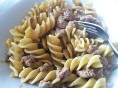 Pastarezept mit Salsiccia und Steinpilzen: pasta papalina