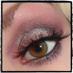 all makeup geek products =0)  Prime lid ~Lid : NYX Jumbo Eye Pencil Lavender Makeup Geek Shadows: ~ Lid