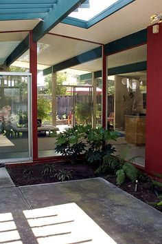Eichler atriums I like the colors--may have to repaint ours