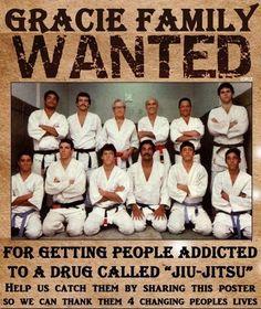 Brazilian Jiu Jitsu is a martial art based in ground fighting that is widely utilized by MMA fighters worldwide Taekwondo, Portal Do Vale, Royce, Carlos Gracie, Jiu Jitsu Quotes, Brazilian Martial Arts, Jiu Jitsu Training, Famous Legends, Sport