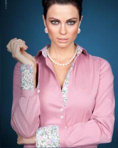 dudalina Business Attire, Business Fashion, Satin Blouses, Shirt Blouses, Hijab Fashion, Fashion Outfits, Costumes Couture, Work Chic, Hijab Dress