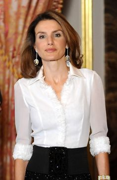 Queen Letizia of Spain Photos Photos - Princess Letizia and Prince Felipe Visit Berlin - Zimbio