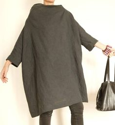 Linen Dress - Plus Size Clothing - Linen Tunic - Linen Womens Clothing - Charcoal Tunic - XXL Dress - Womens Clothing - Oversized Shirt Minimal Outfit, Minimal Fashion, Raglan Pullover, Alexander Mcqueen, Houndstooth Dress, Linen Dresses, Linen Tunic Dress, Oversized Shirt, Dress And Heels