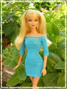 Great pix of outfits on this site, Beautiful hu I love dress personally my favorite.「crochet barbie doll clothes for beginners」の画像検索結果Vaooooovvvvv super drees up barbie 😗Off the shoulder mini dress Barbie Clothes Patterns, Crochet Barbie Clothes, Clothing Patterns, Dress Patterns, Doll Patterns, Barbie Fashionista, Barbie Knitting Patterns, Crochet Doll Dress, Barbie Dress